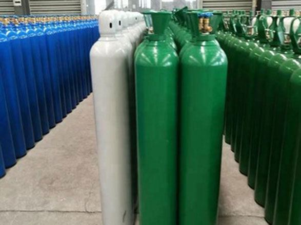 Russia's branch of Chelpipe Group exports oxygen cylinders to Kazakh ventilators producer