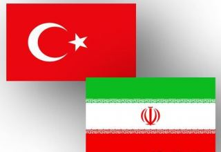 Iran, Turkey sign documents to increase potential of railway transport