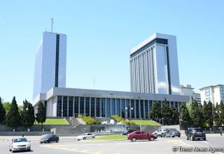 Azerbaijani parliamentary delegation leaves for visit to Italy