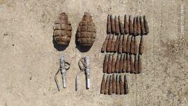 Sumqayıtda 2 əl qumbarası, partladıcı və patronlar aşkar olunub (FOTO) - Gallery Thumbnail