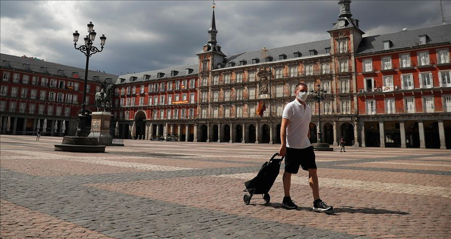 Spain reports first new COVID-19 death since Sunday