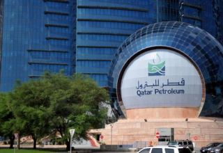 Qatar Petroleum's $19 billion LNG vessel order boon for South Korean shipbuilders