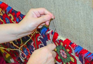 Turkmen carpet weaving enterprise reveals production volume