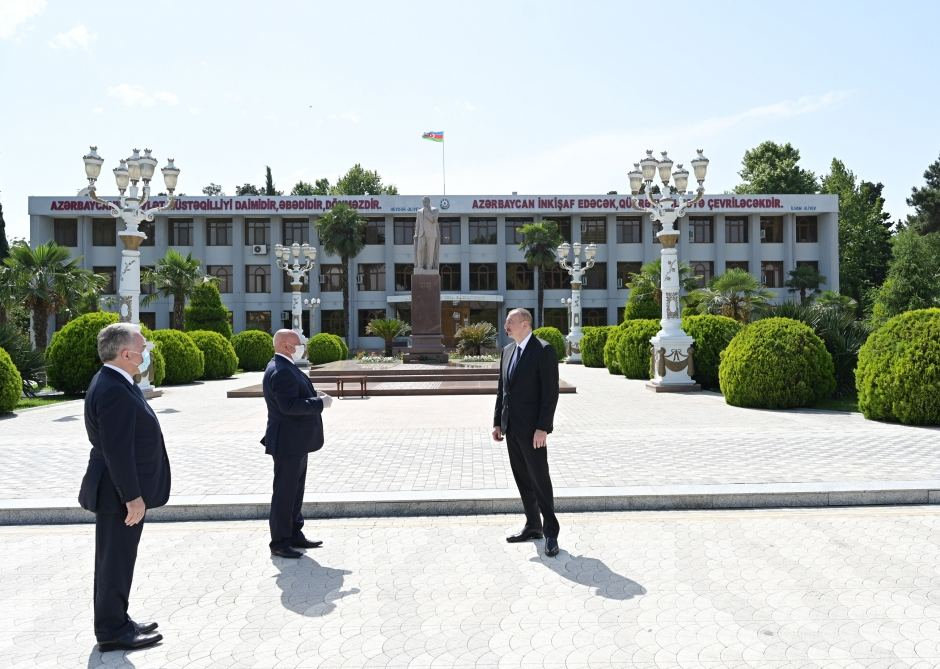 Azerbaijani president arrives in Aghjabadi district for visit (PHOTO/VIDEO) - Gallery Image