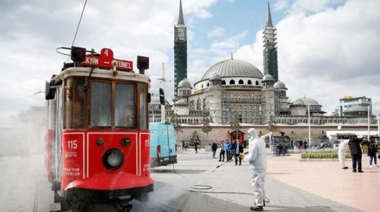 Turkey grapples with COVID-19 surge in 3 cities amid vaccine hope