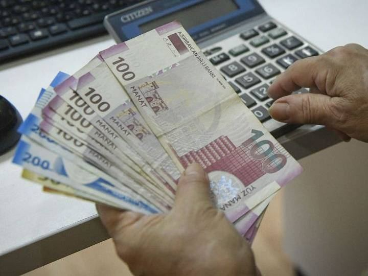 Revenues from paid services in Azerbaijan down