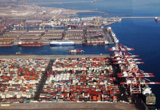 Inventory of basic goods in Iran's ports increase