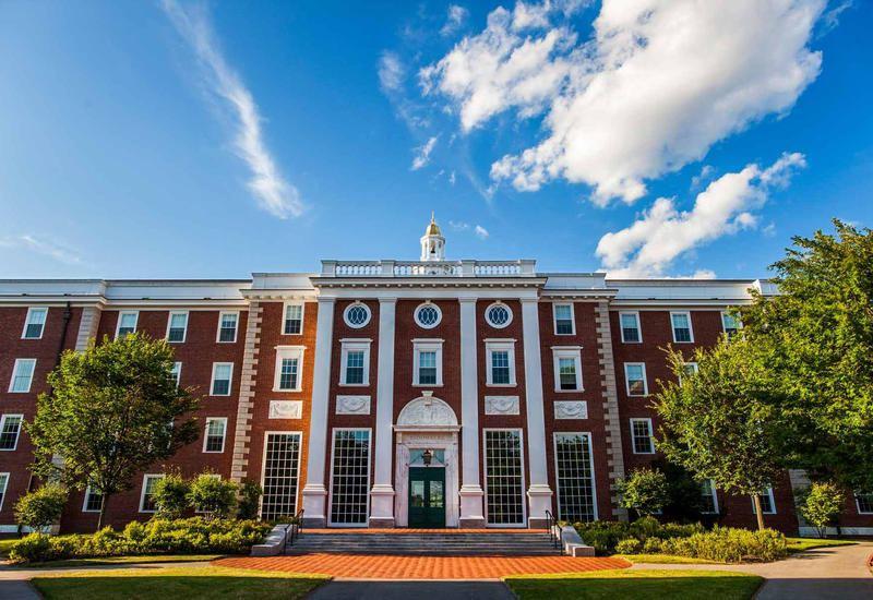 Гарвардский университет: Глобальный вакуум лидерства во время пандемии коронавируса