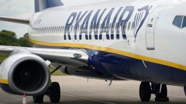Ryanair to cut 3,500 jobs if pay cuts not agreed