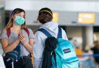 В Германии коронавирусом за сутки заразились 955 человек