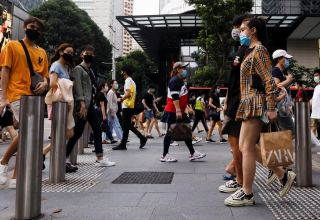 Singapore to permit more people back to workplace in easing COVID-19 control measures