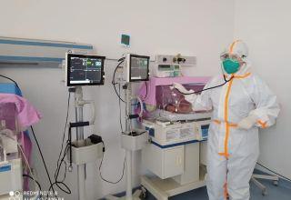 ATU: COVİD-19 testinin nəticəsi pozitiv olan anaların dünyaya gətirdiyi 16 körpə həkim nəzarəti altındadır (FOTO)