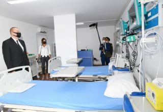 Azerbaijani president, first lady attend inauguration of modular hospital in Baku (PHOTO)