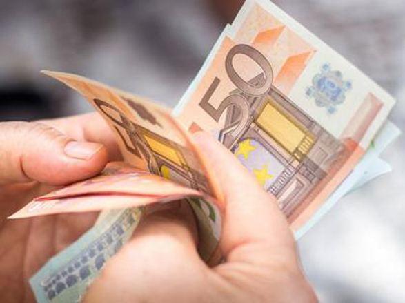 Германские семьи с низким доходом будут ежемесячно получать по €100 на ребенка