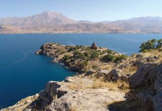 Missing migrant boat found 10 days after sinking in Lake Van