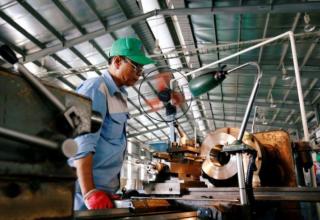 Vietnam 2020 economic growth seen at 3%-4%