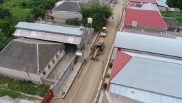 Tovuz rayonunda 1 şəhər və 4 kəndi əhatə edən yolların yenidən qurulması davam edir (FOTO) - Gallery Thumbnail