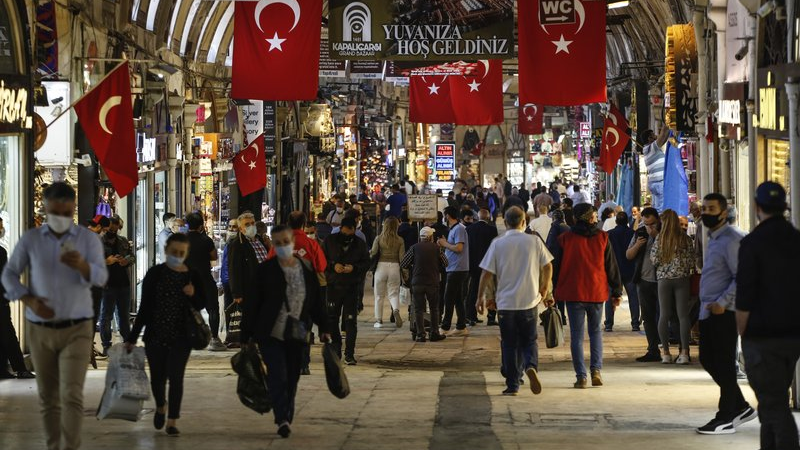 Restrictions mulled for New Year celebrations amid COVID-19 outbreak in Turkey