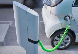 Expert talks promoting import of electric and hybrid vehicles to Azerbaijan