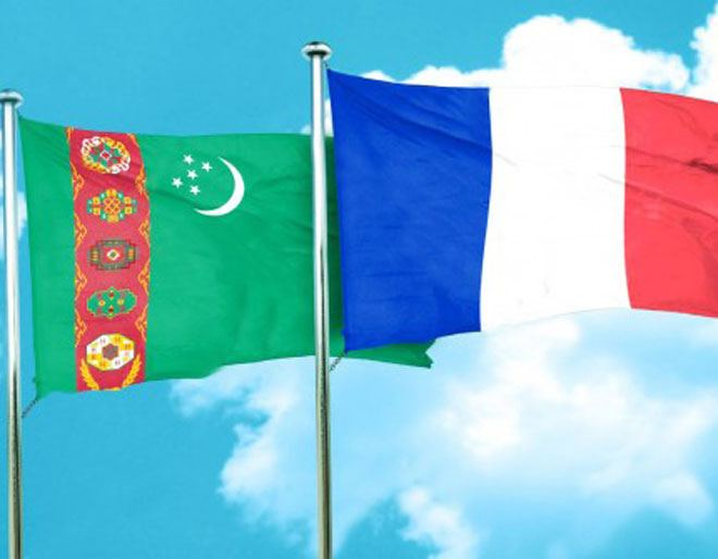 France interested in developing relations with Turkmenistan in all areas