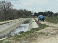 Abşeron Suvarma kanalına çirkab sular axıdan sürücü cərimələndi (FOTO/VİDEO) - Gallery Thumbnail