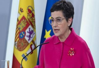 Spain pushing for UK to exclude Canary and Balearic islands from quarantine, minister says