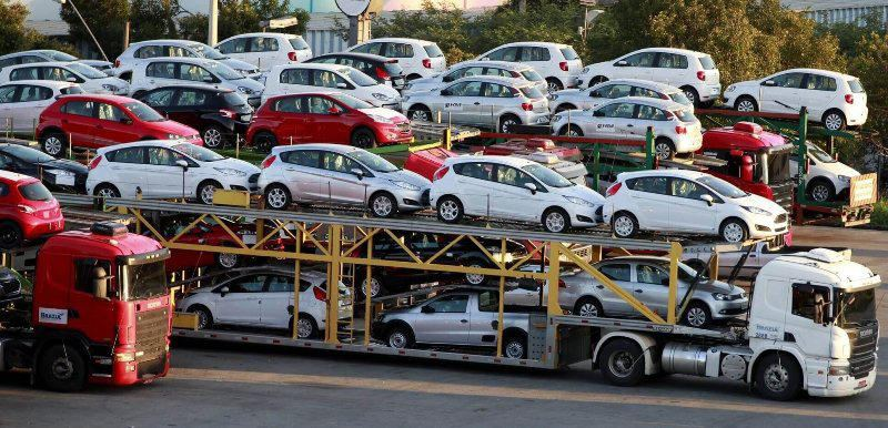 Imported vehicles still waiting to be released from Iran's customs