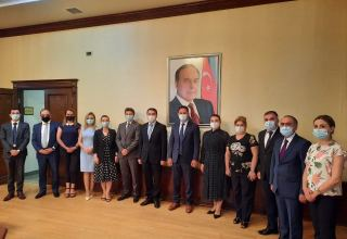 Assistant to Azerbaijani president meets with members of Azerbaijani community of Nagorno-Karabakh region