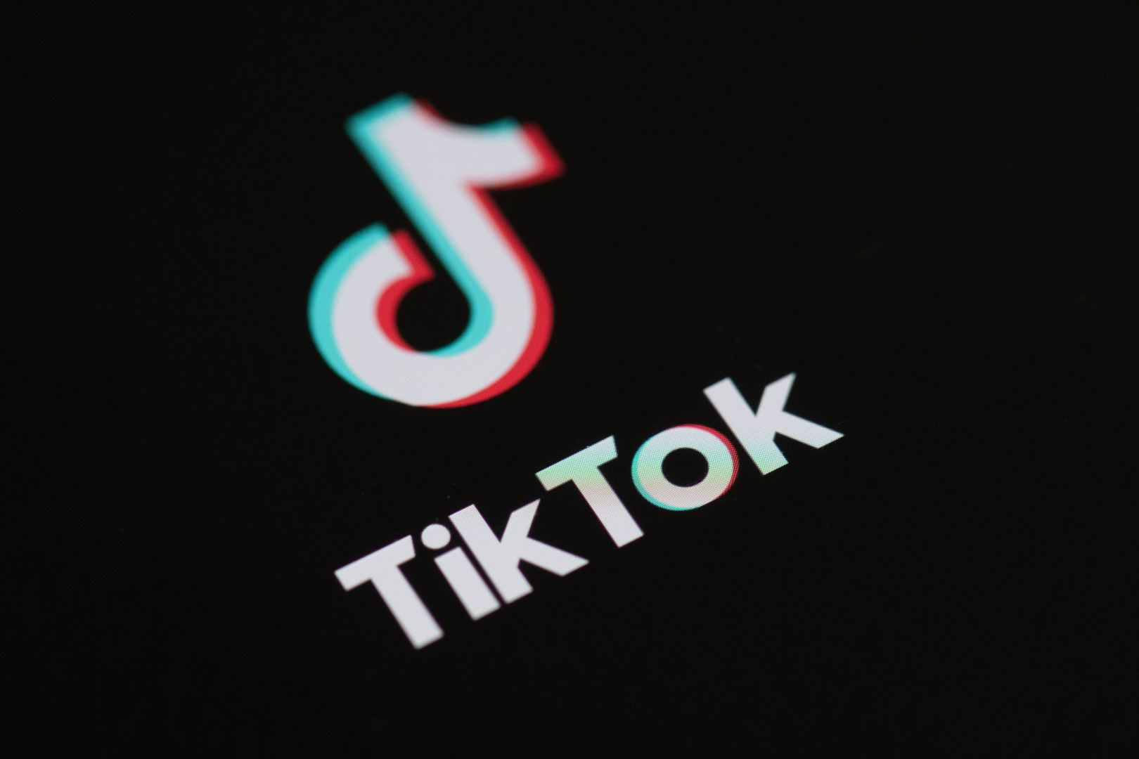 Trump to 'cut off' TikTok if deal cannot be saved