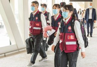 Highly-skilled Chinese doctors arrive in Baku to help fight COVID-19 (FOTO)