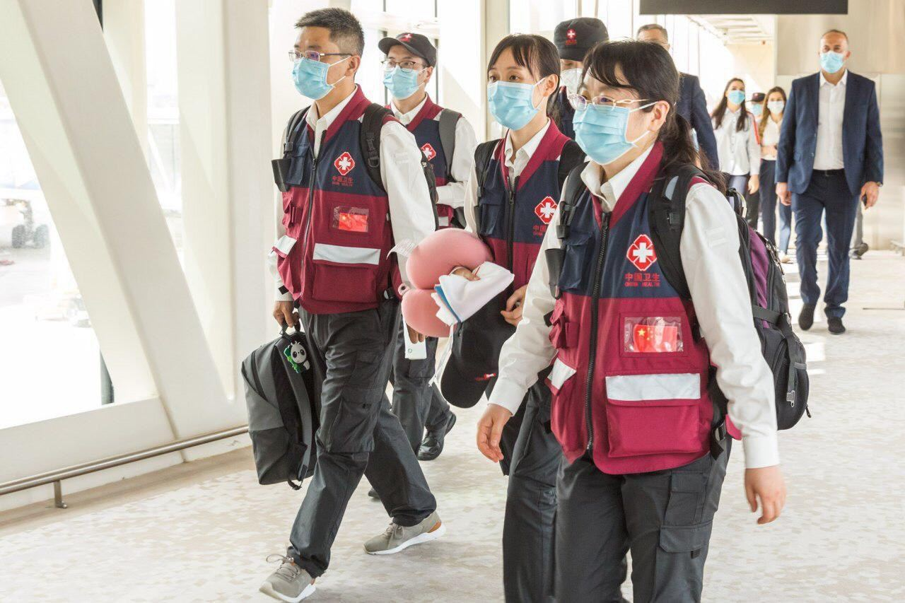 Highly-skilled Chinese doctors arrive in Baku to help fight COVID-19 (PHOTO)