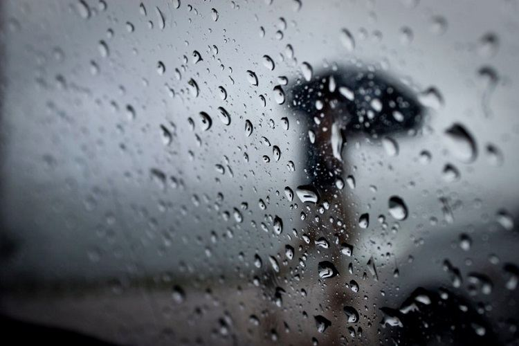 Sabah Bakıda yağış, rayonlarda qar yağacağı gözlənilir
