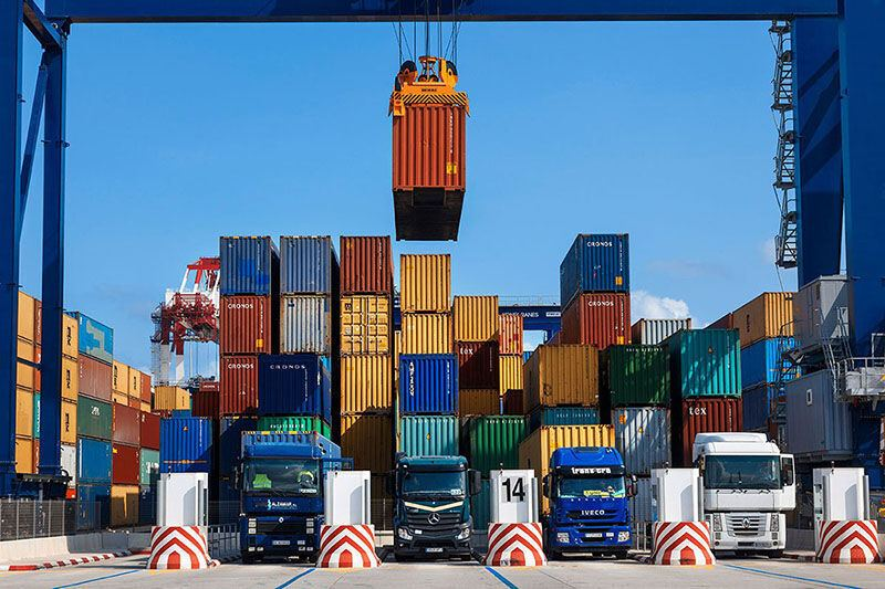Iran boosts value of exports through Khorramshahr customs checkpoint