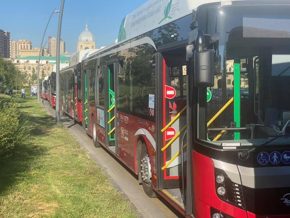 Bu istiqamətlərdə xəttə əlavə avtobuslar verilir - RƏSMİ (FOTO) - Gallery Image