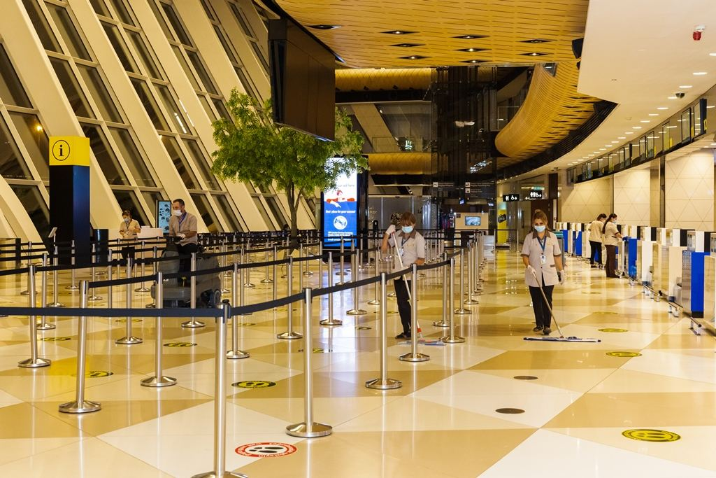 Large-scale disinfection carried out at the Heydar Aliyev International Airport (PHOTO) - Gallery Image