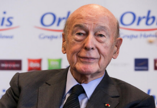 Ex-French President Valery Giscard d'Estaing has died from coronavirus - family