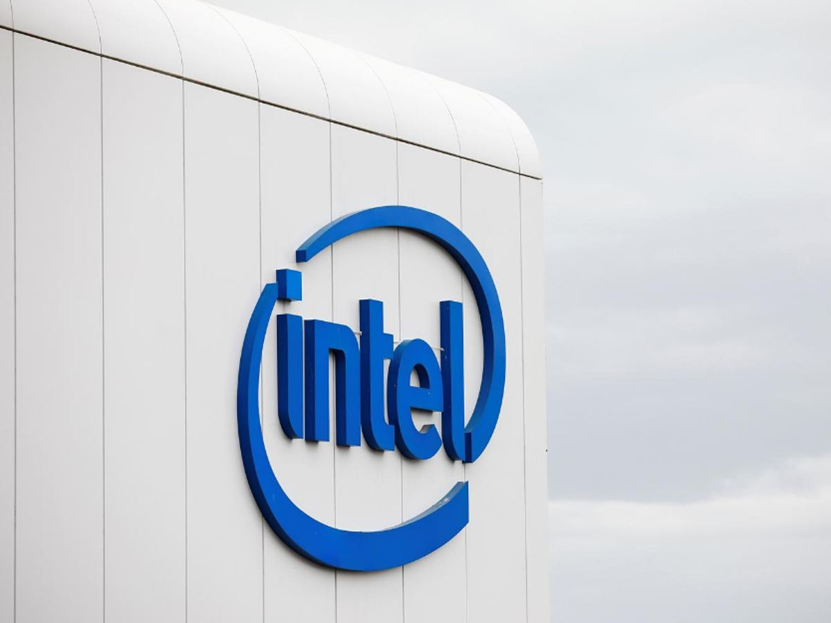Intel nears deal to sell NAND unit to South Korea's SK Hynix