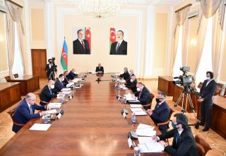 Azerbaijani Cabinet of Ministers discusses budget-related issues (PHOTO)
