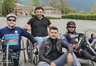 """""""Железные друзья""""  азербайджанцев  - велоспорт в живописной Габале (ФОТО)"""