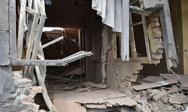 Армения продолжает обстреливать мирное население, но местные жители, проявляя мужество, не покидают свои дома (ФОТО) - Gallery Image
