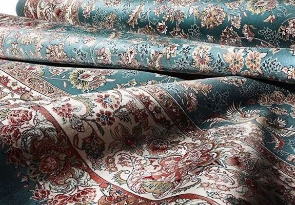France lowers import of Turkish-made carpets