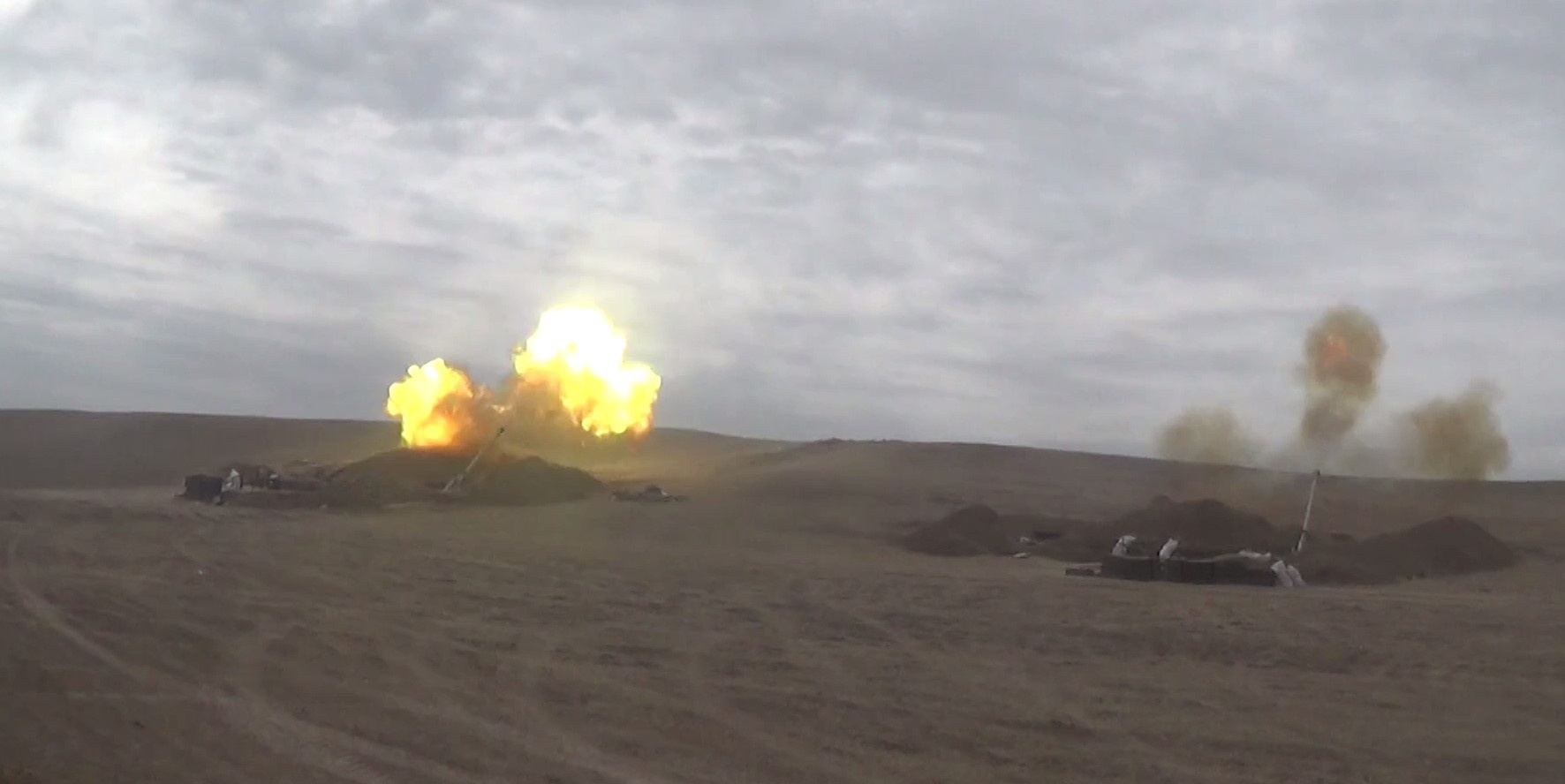 Azerbaijani Army's artillery units inflict crushing blow on Armenian armed forces (VIDEO)