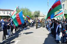 Сотни молодых добровольцев отправились из Бинагади на фронт (ФОТО) - Gallery Thumbnail