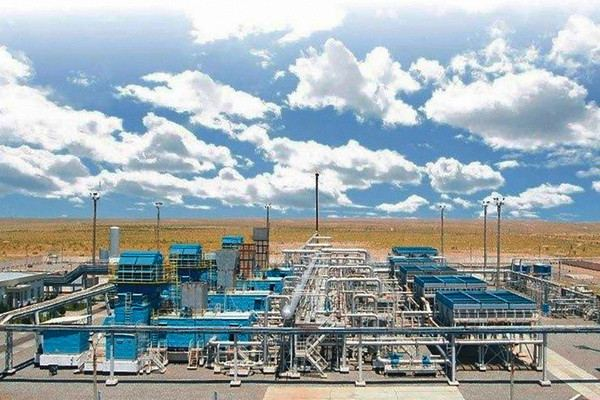 Uzbekneftegaz, Uzbek-Chinese JV talk prospects for co-op in oil, gas industry