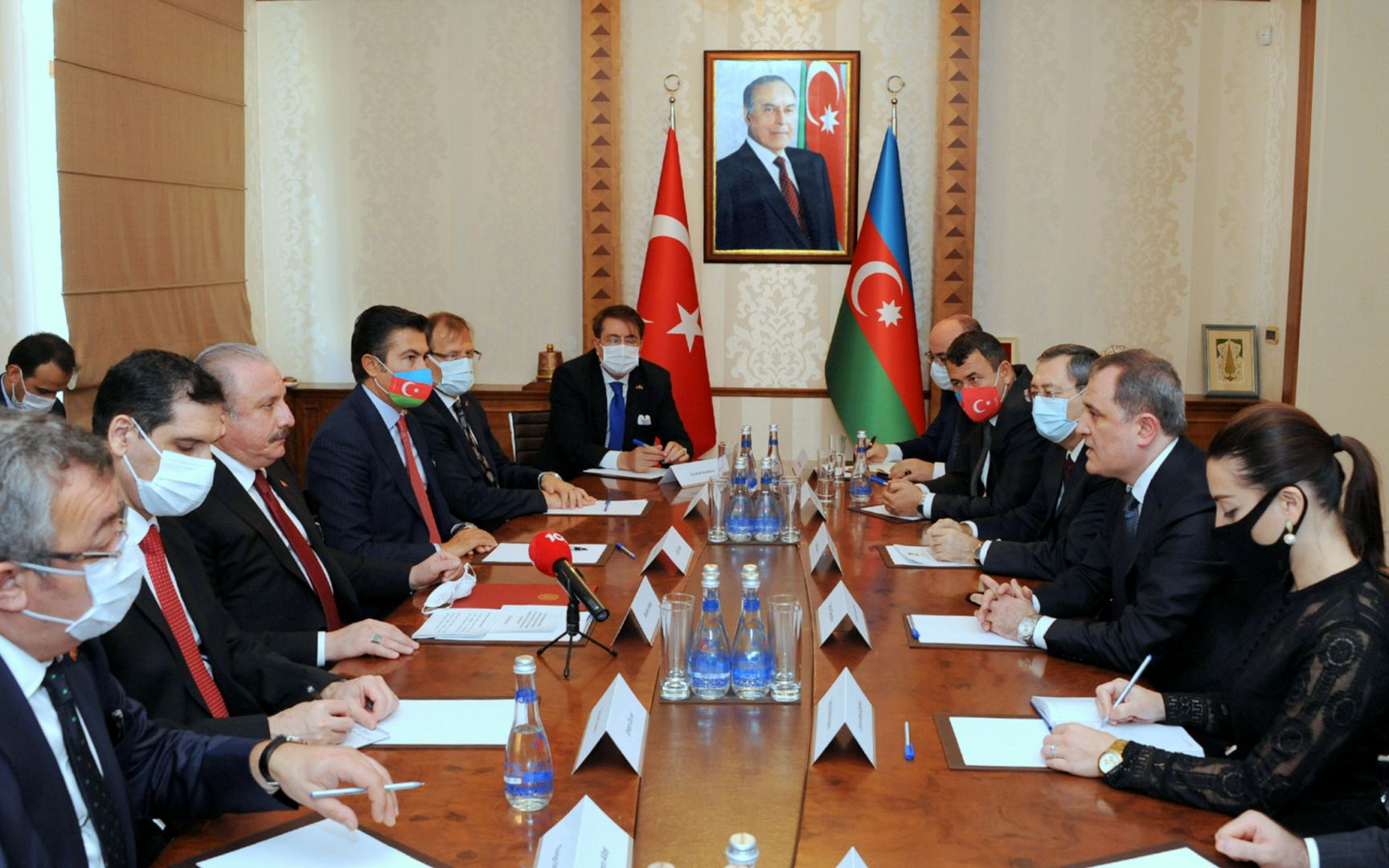 Azerbaijani FM meets with speaker of Turkish Grand National Assembly (PHOTO)