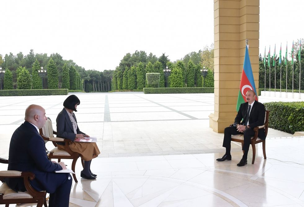 President Ilham Aliyev interviewed by Japan's Nikkei newspaper (PHOTO)