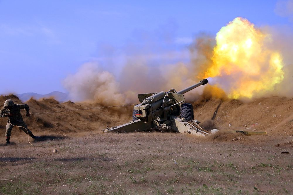 Azerbaijani artillerymen continue to make precise strikes at firing points of Armenian armed forces (VIDEO)