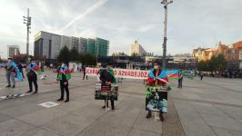 Armenians commit provocation during sanctioned protest action of Azerbaijani youth in Poland (PHOTO) - Gallery Thumbnail