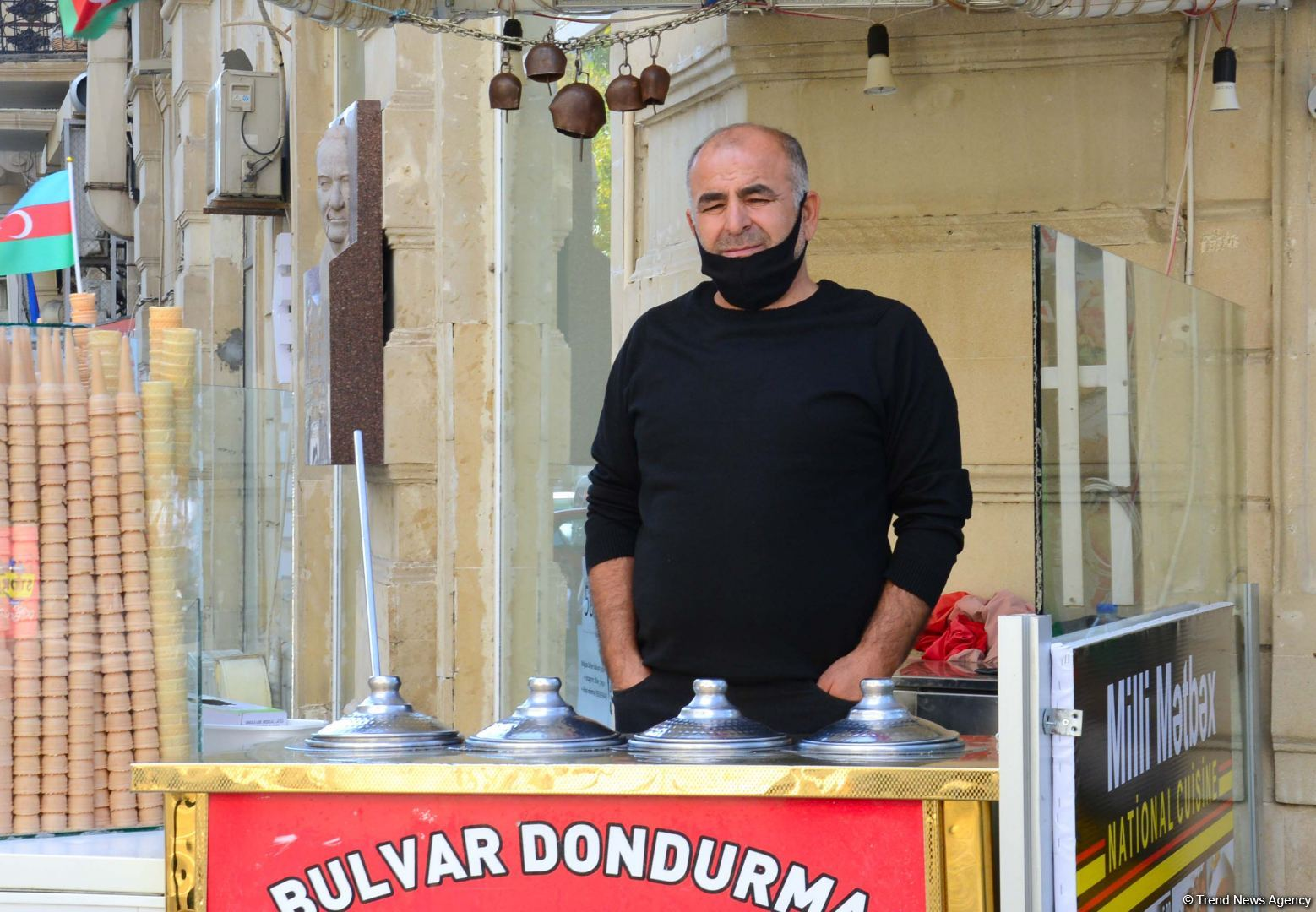Соблюдают ли правила карантина жители Баку? (ФОТОРЕПОРТАЖ) - Gallery Image