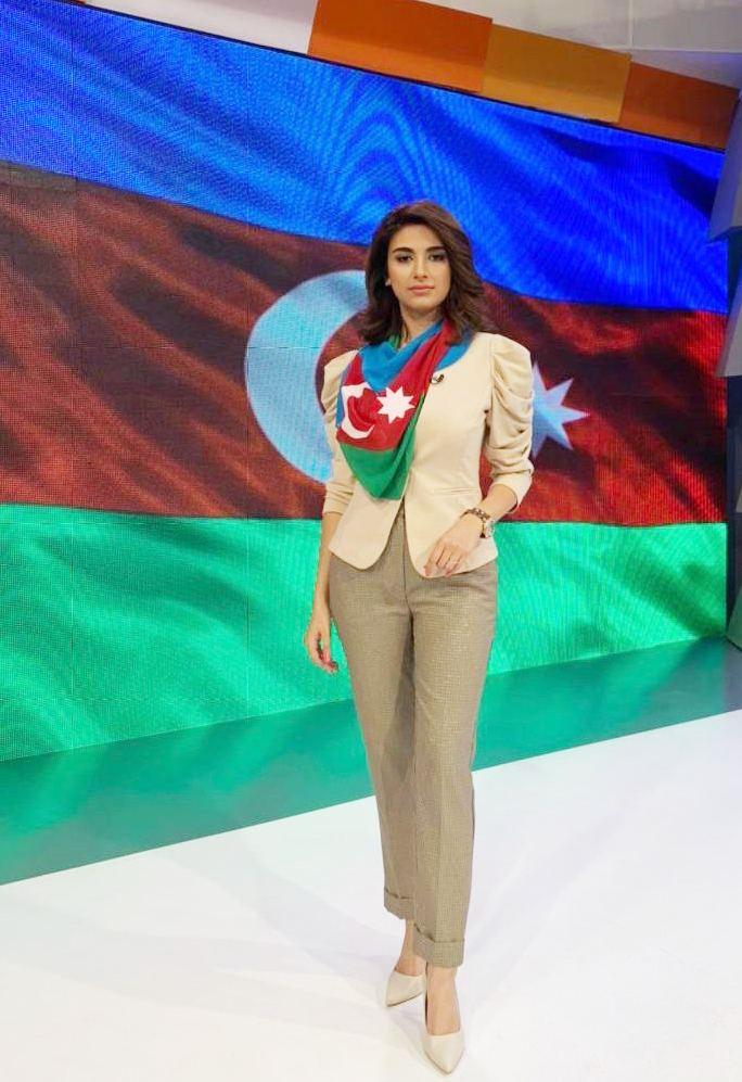 Гюльнара Халилова представила коллекцию в честь освободительной миссии  армии Азербайджана (ФОТО) - Gallery Image